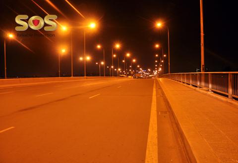 Hạn chế đi đường vắng vào ban đêm